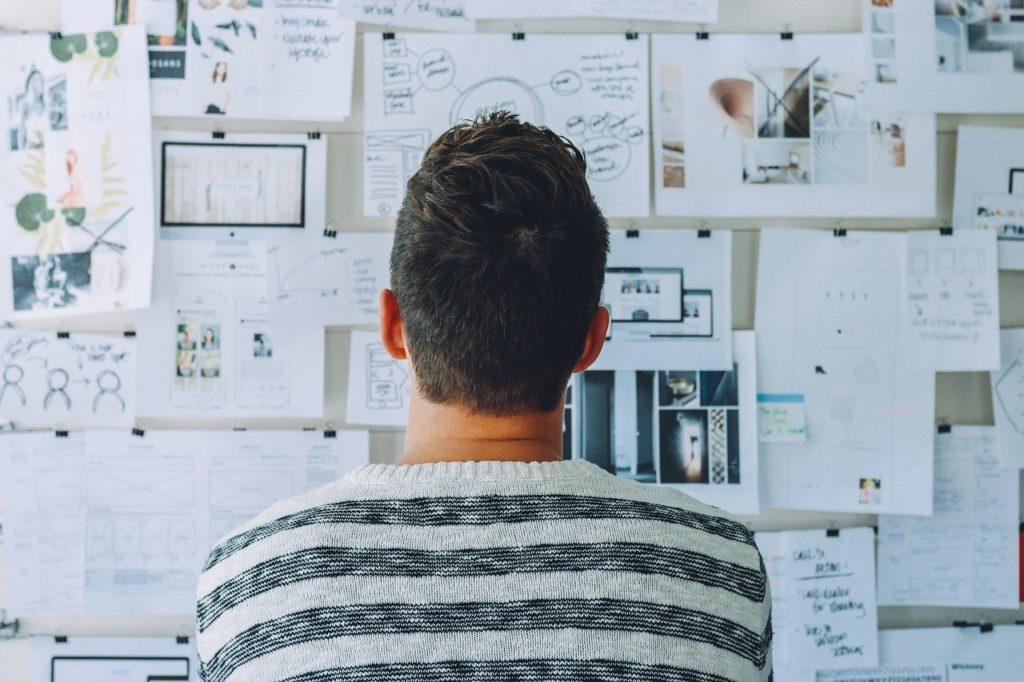 サラリーマンが副業でビジネスをして稼ごうと思ったら読むべき考え方